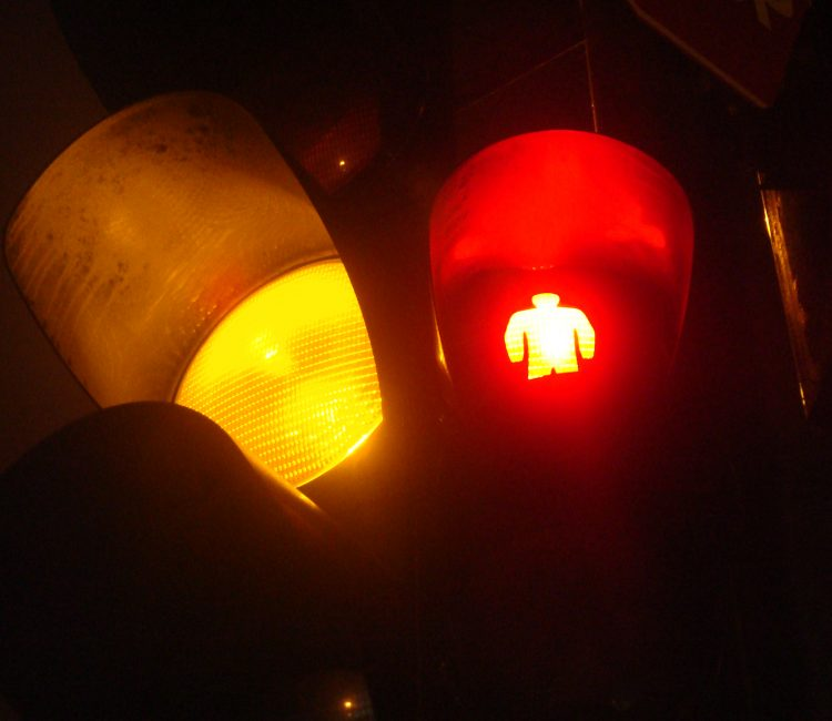 yellow-traffic-light